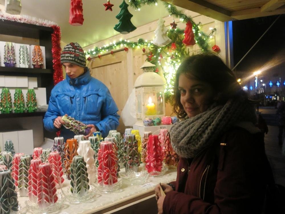 Sofia köper ljus